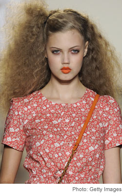 Marc by Marc Jacobs Spring 2011 frizzy hair