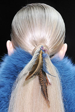 feathers gucci fall 2011