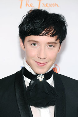 Johnny Weir new face of MAC